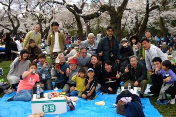 第19回交流会(桜が満開の小金井公園にて)